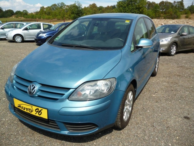 Volkswagen Golf 1,6 FSI , 6  TI KVALT