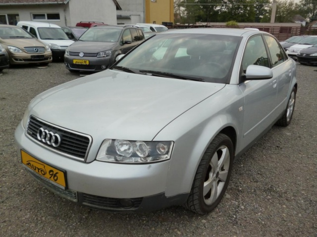 Audi A4 QUATTRO, 2,5 TDi